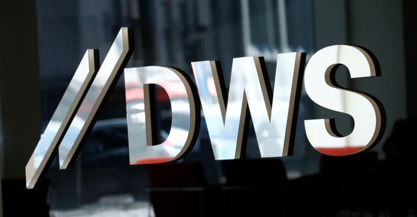 Shares Of Deutsche Bank's Asset Management Arm Edge Higher In Stock Market Debut