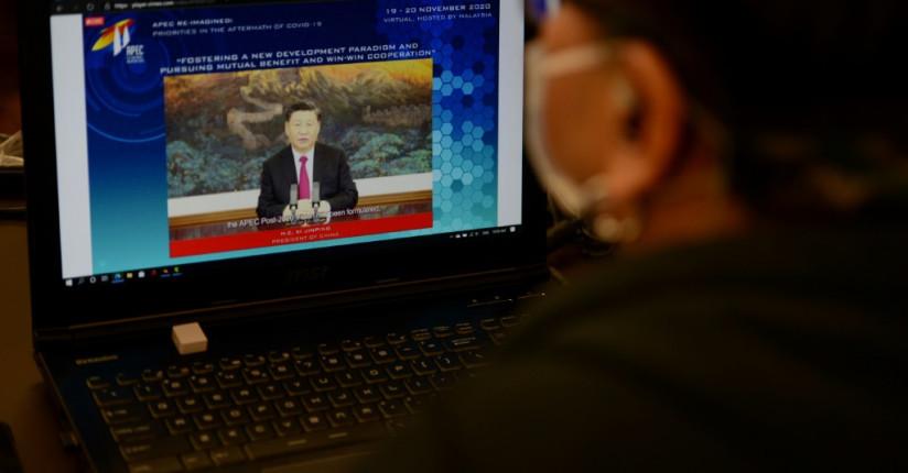 Xi Jinping Touts China's Huge Economy As Base Of Free Trade In APEC Speech